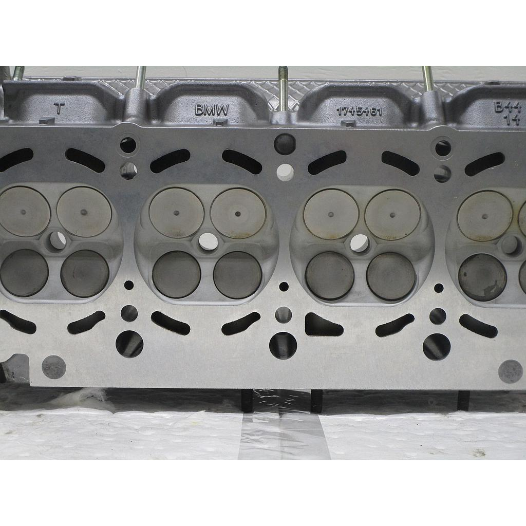 1994-2002 BMW 4.4L, V8 Reconditioned Cylinder Head W/Cams - Right - 540I, 840CI, 740I, 740LI - 2002-2006 Land Rover - Range Rover L322 4.4 - V8 Casting [#1745461] - ($100 Core Charge)